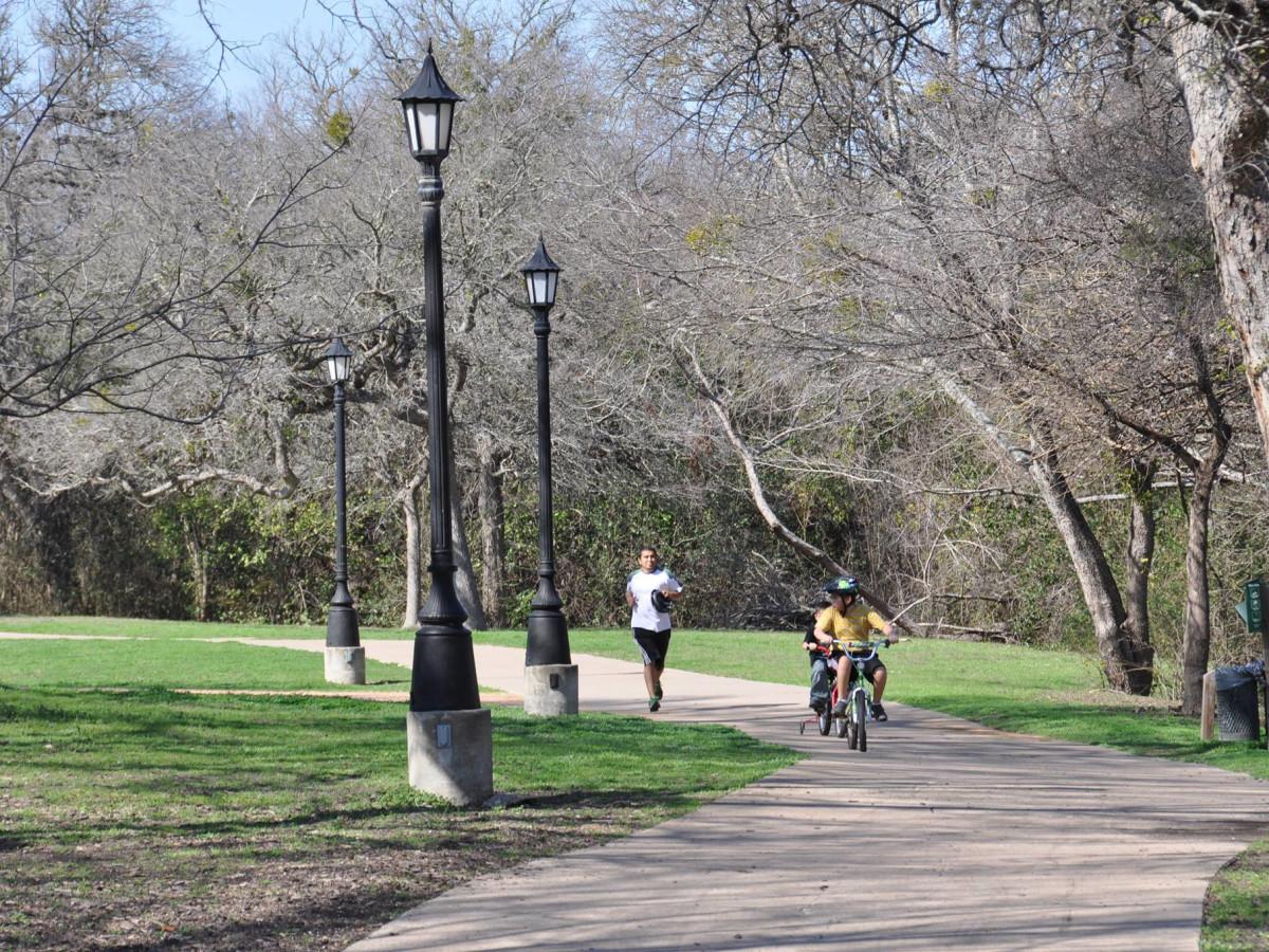 Pflugerville Parks and Recreation parent trail kids