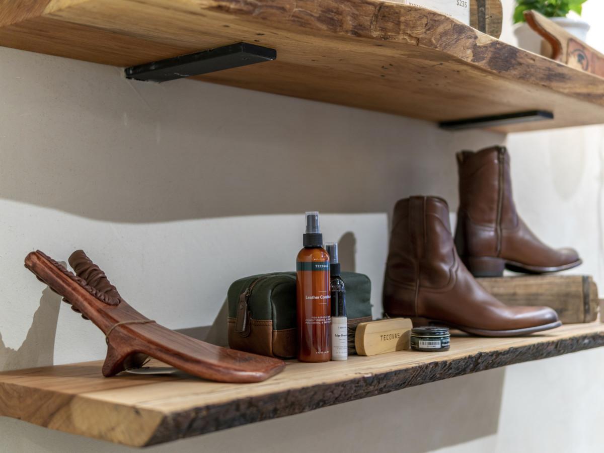 Tecovas San Antonio shoe horn