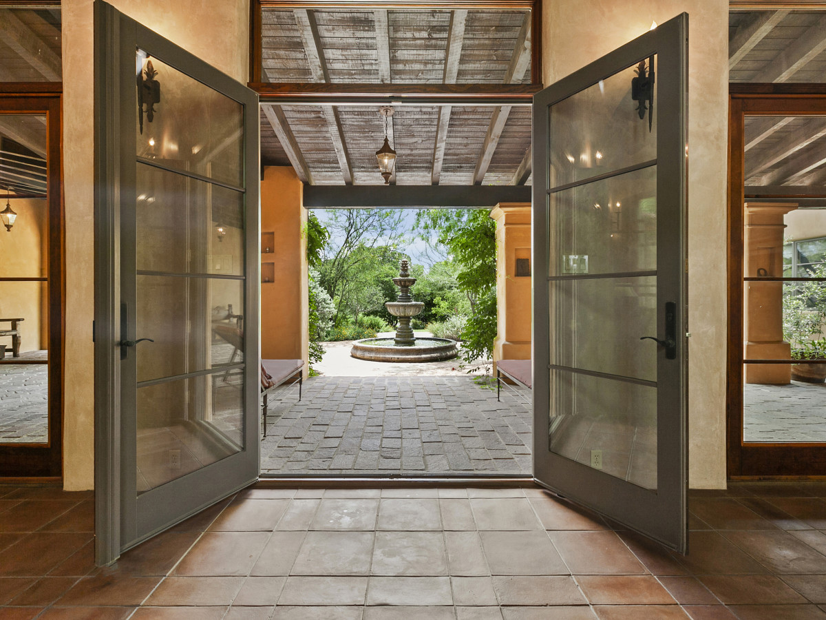 104 Goodnight Georgetown house for sale