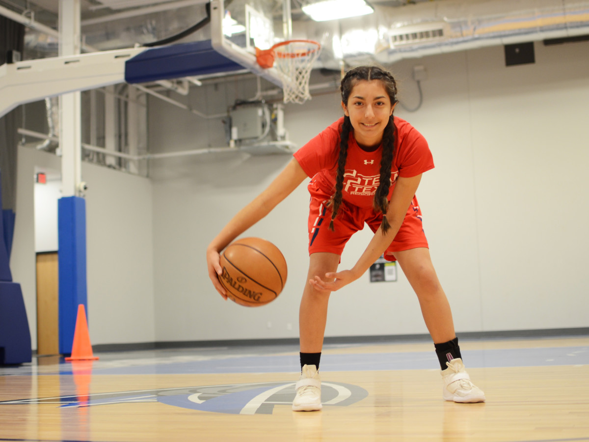 Young girl at Mavs Basketball Camp