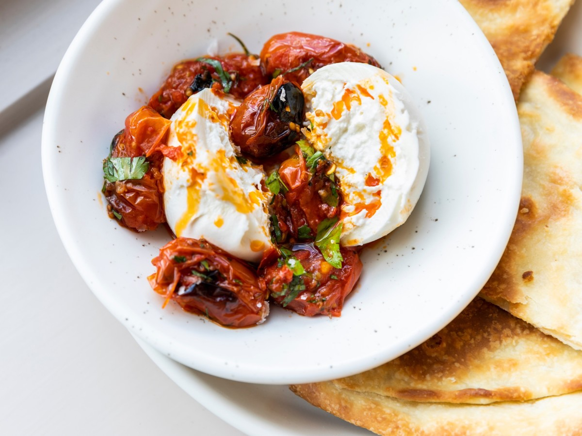 Rosie Cannonball burrata with charred tomatoes