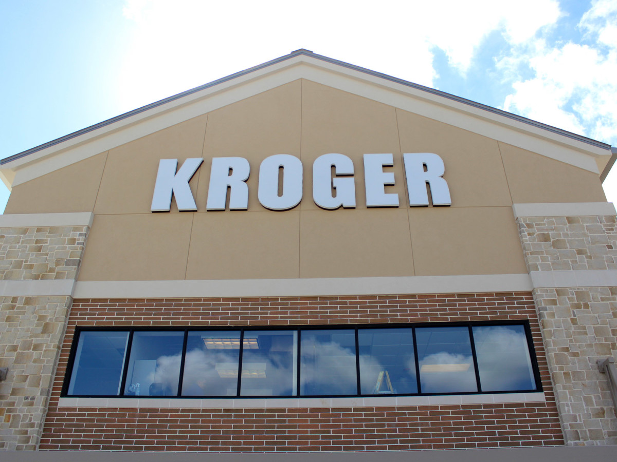 Heights Kroger, tour, October 2012, storefront