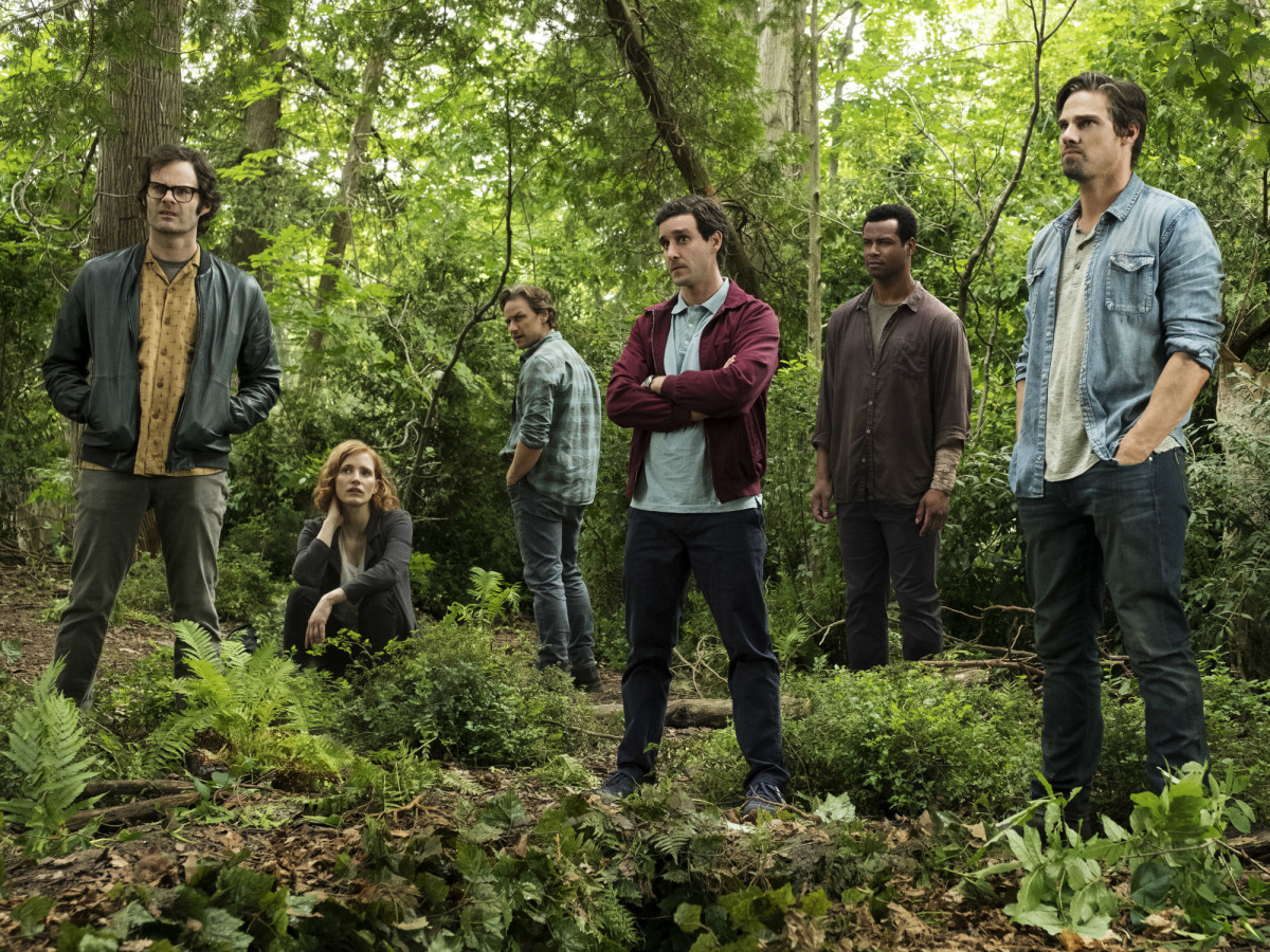 Bill Hader, Jessica Chastain, James McAvoy, James Ranson, Isaiah Mustafa, and Jay Ryan in IT: Chapter Two