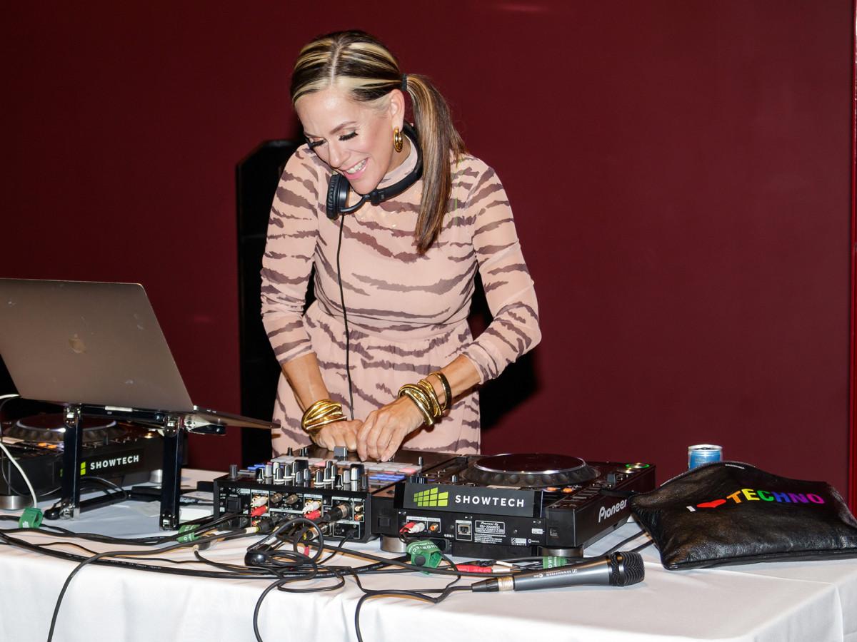 DJ Lucy Wrubel