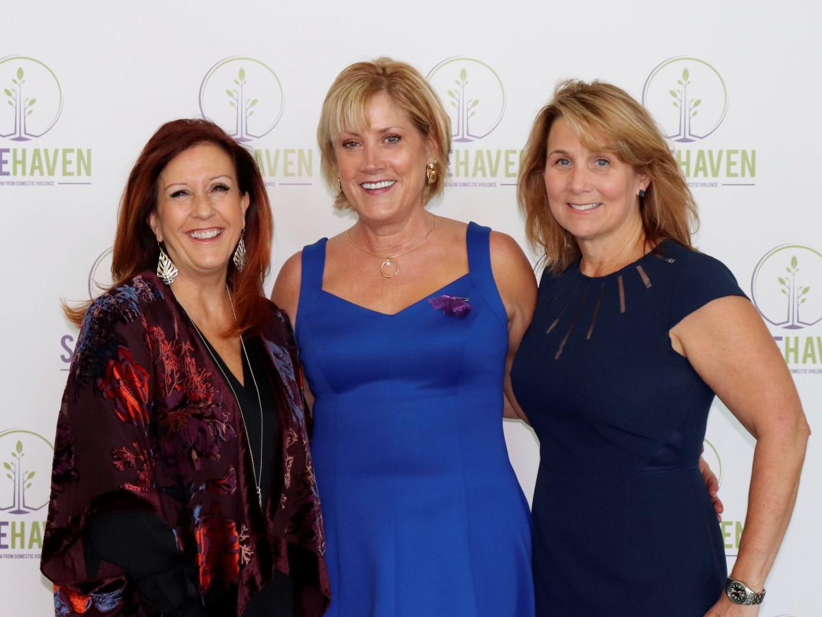 Nancy Farrar, Gigi Westerman, Sandra Brodnicki