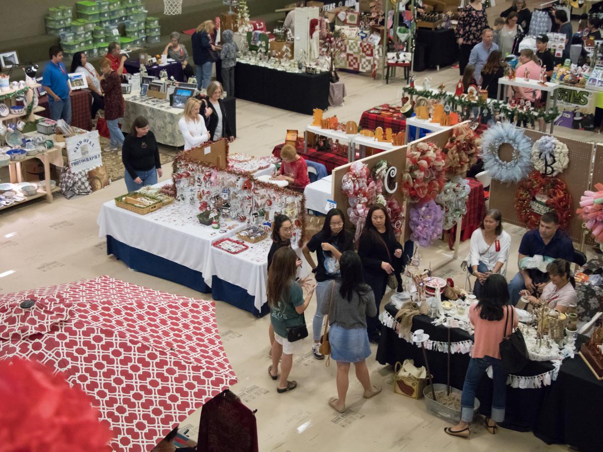 Plano Christmas Market