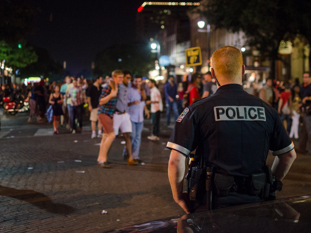 rot rally APD was out in force Friday and Saturday night on Sixth Street.