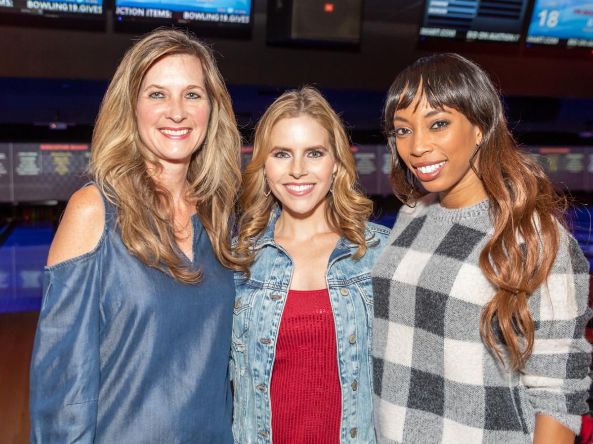 Clint Capela bowling bash 2019 Julie Theobald, Kristen Wright, Ebony Halsell
