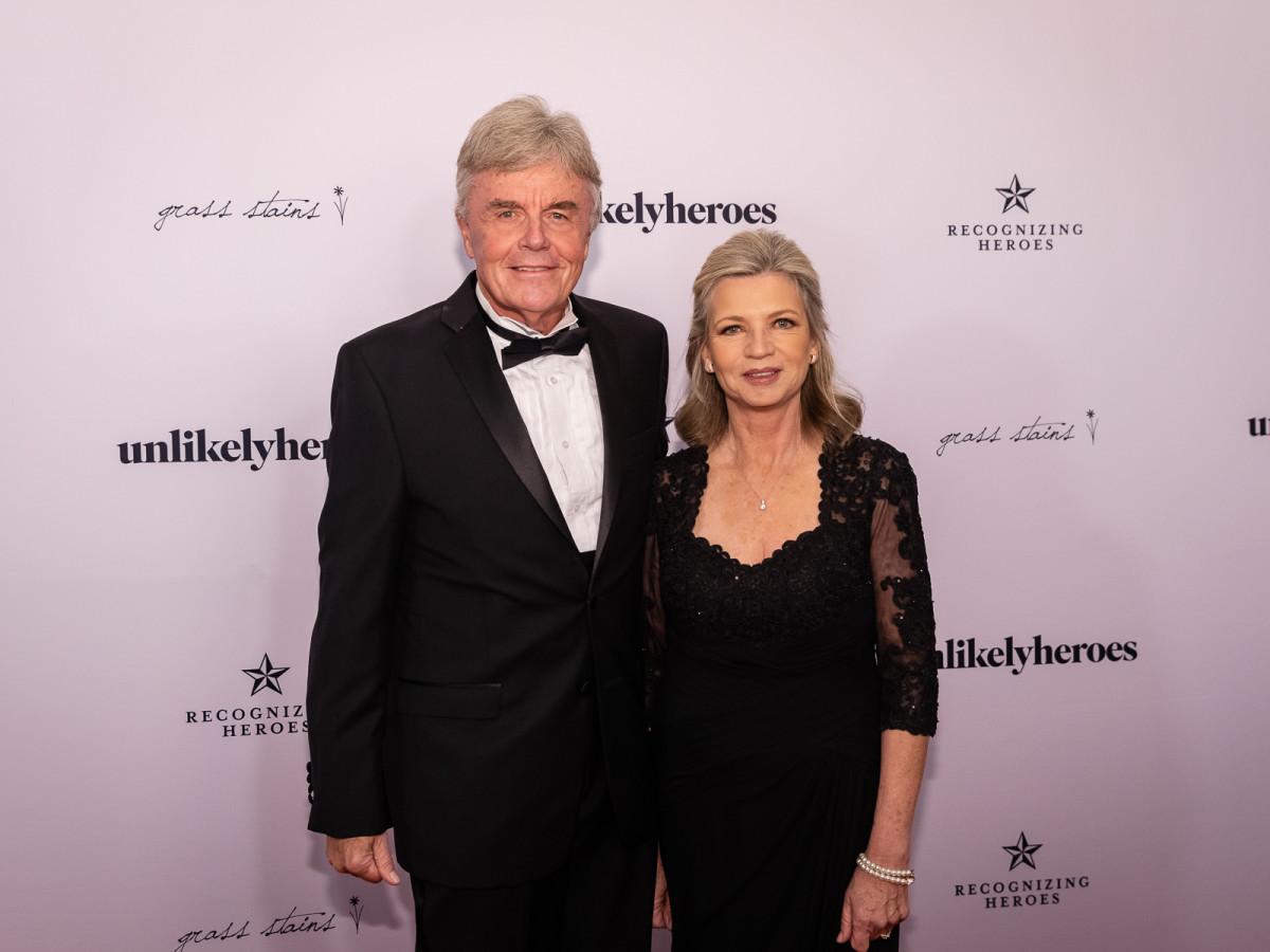 Gary Greve, Janet Greve