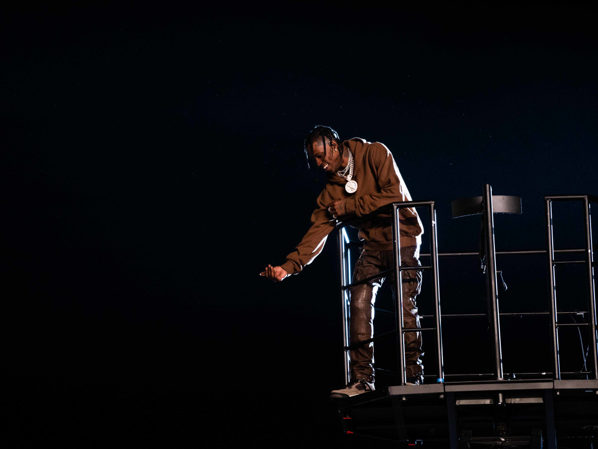 Astroworld Festival 2019 Travis Scott lift