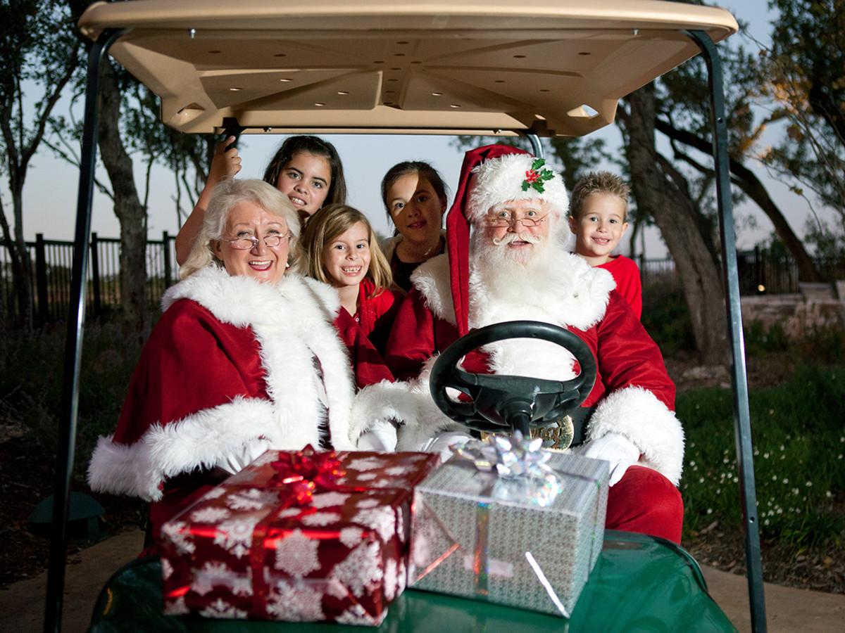 JW Marriott San Antonio Hill Country Resort & Spa santa holiday