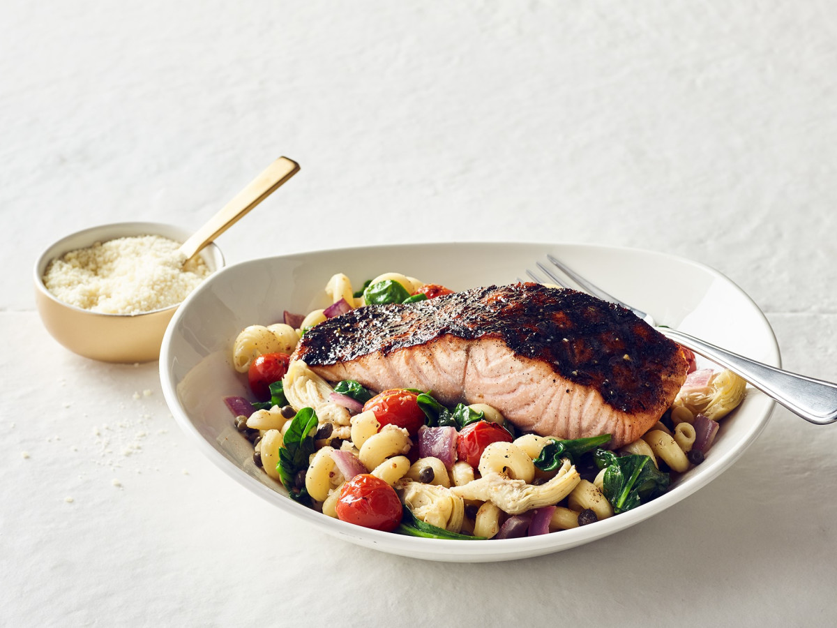 blackened salmon pasta