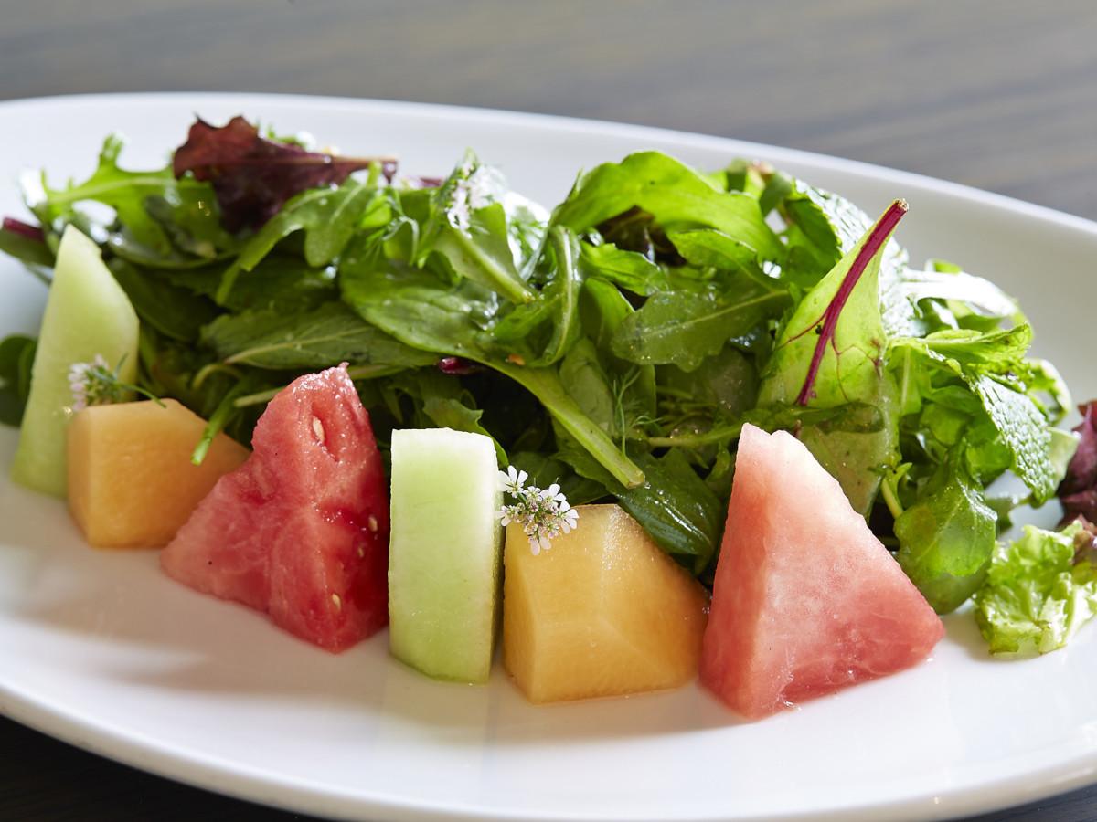 Komali, watermelon salad