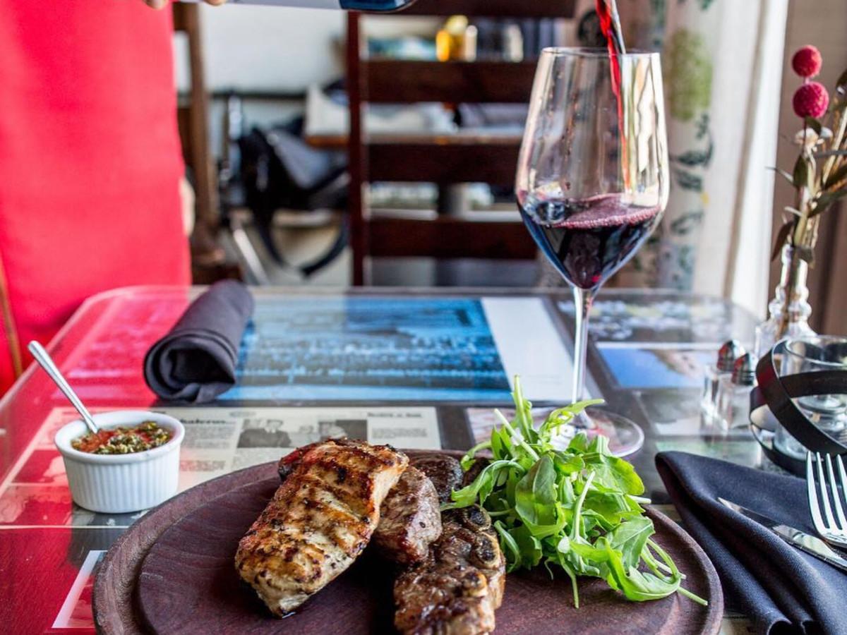 Buenos Aires Cafe wine steak