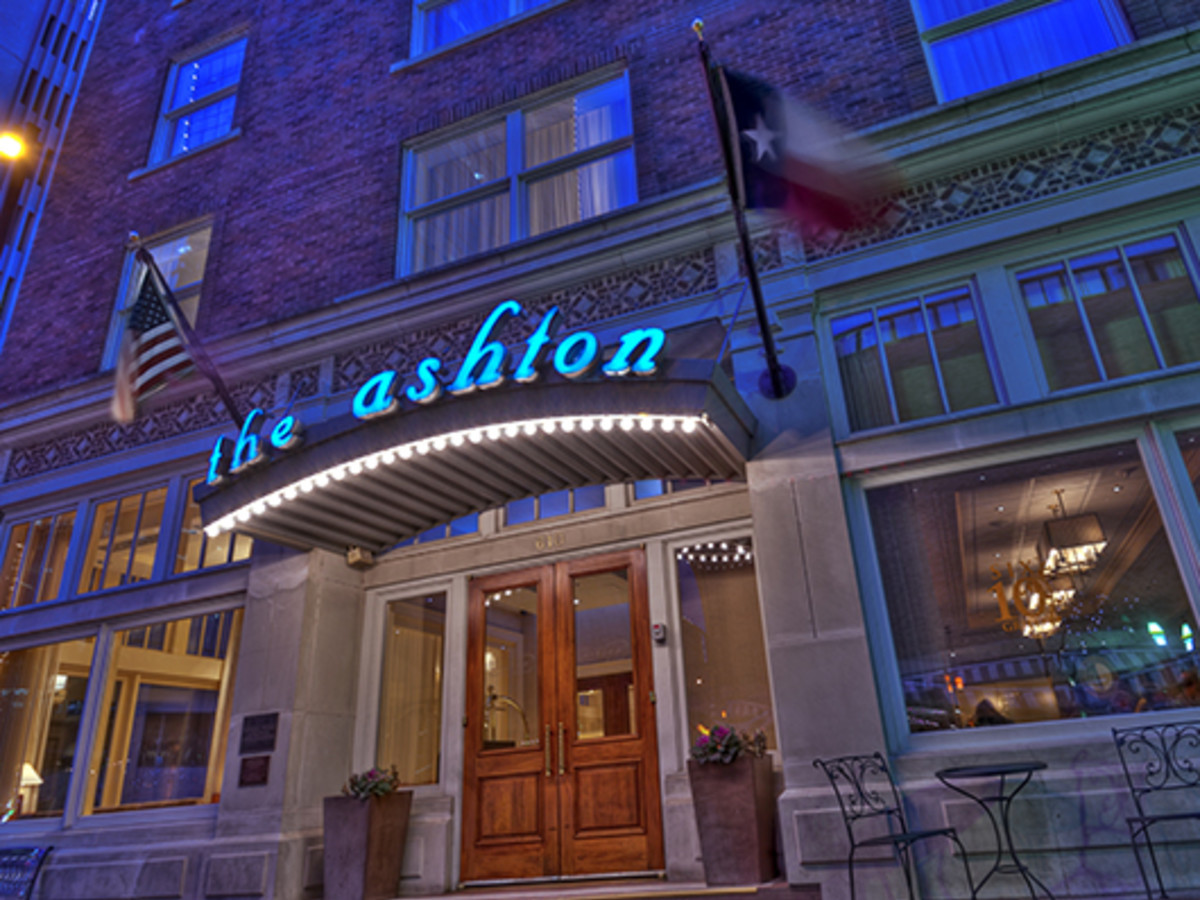 Ashton Hotel