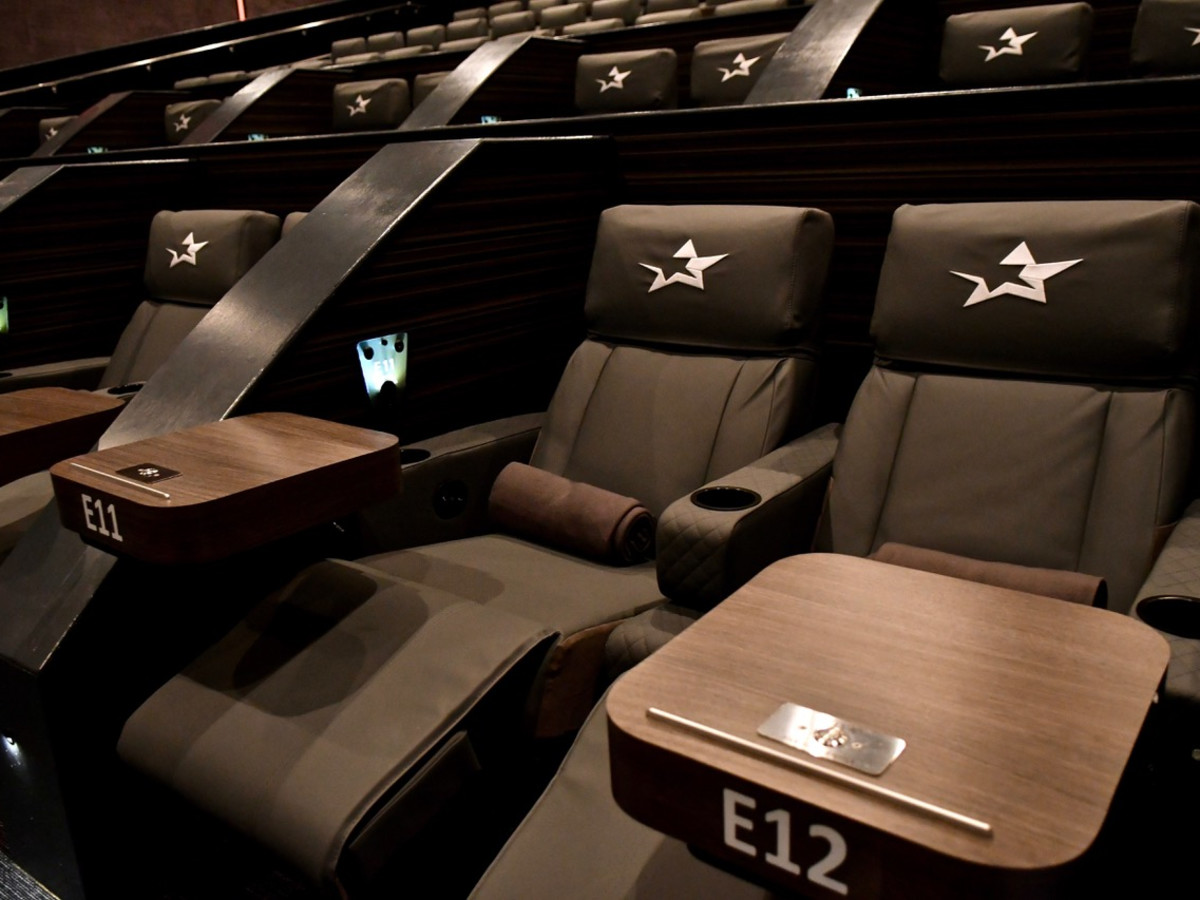 Star Cinema Grill Baybrook interior