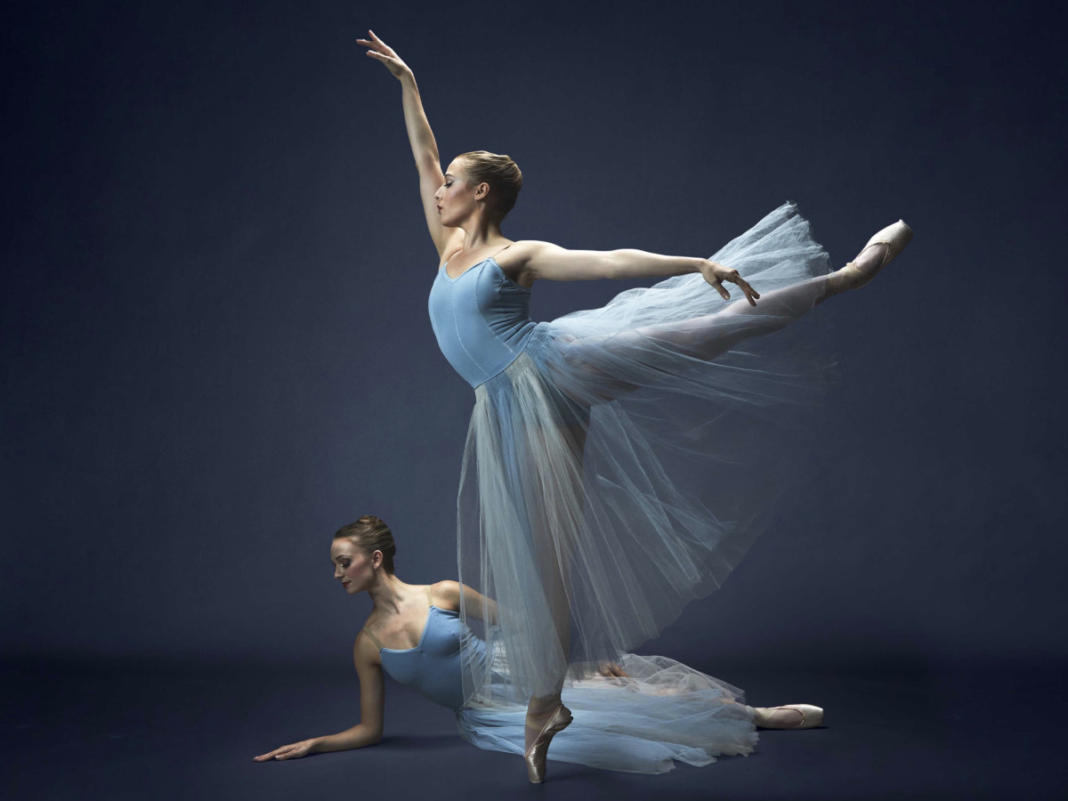 Samantha Pille and Hannah Wood in Texas Ballet Theater's Serenade
