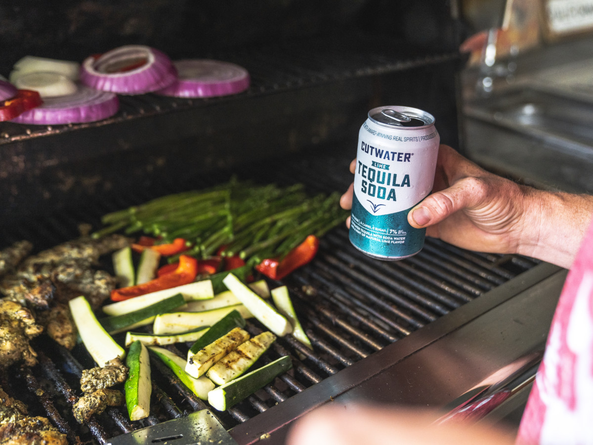 Tequila soda canned cocktail grilling