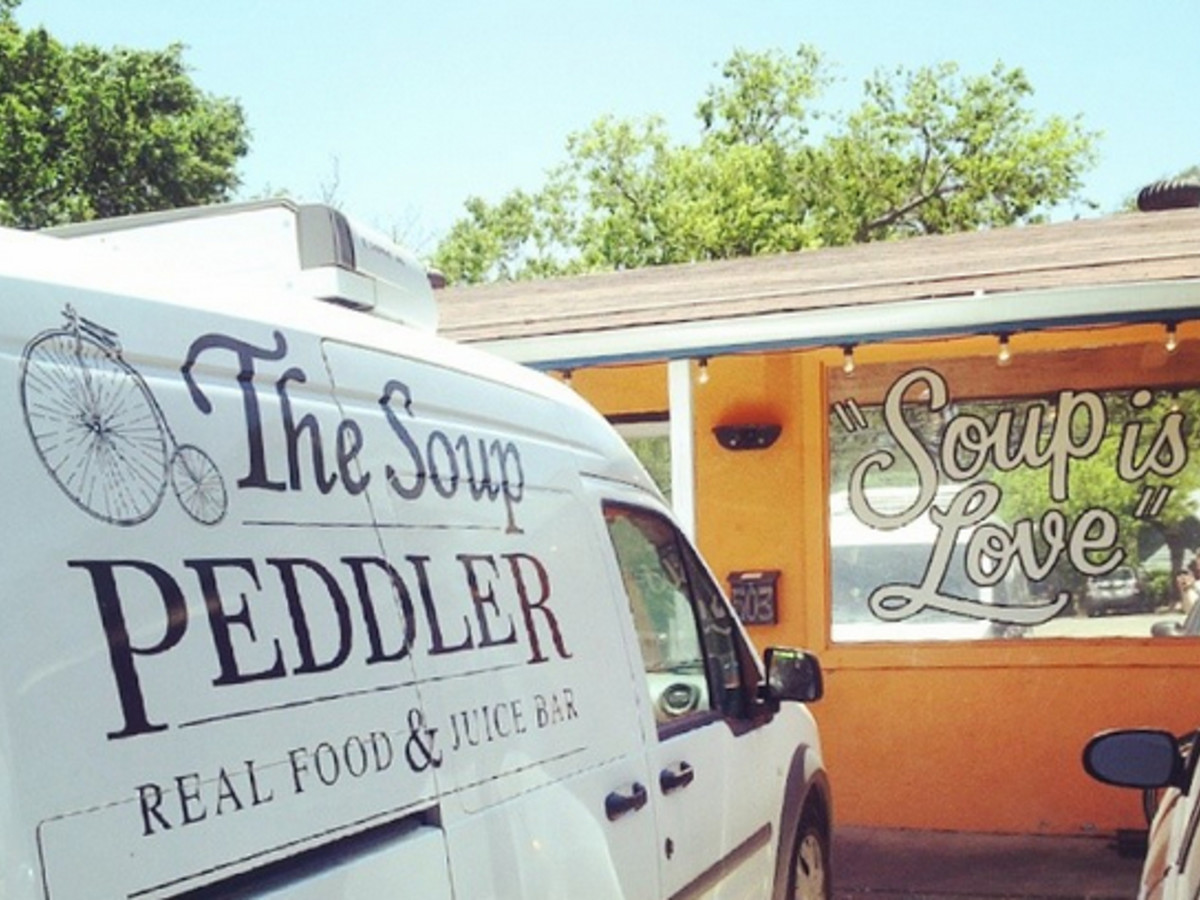The Soup Peddler Real Food & Juice Bar - West Mary location