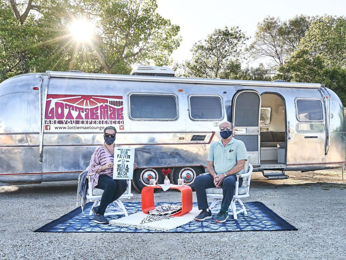 Lottie Mae Lounge mobile art gallery, Libby Tilley