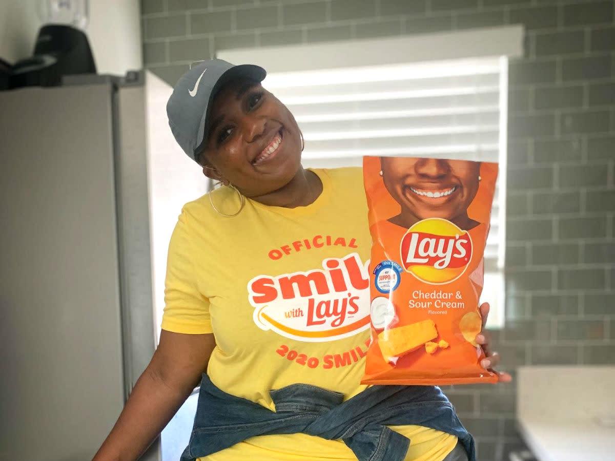Lay's potato chips Smile
