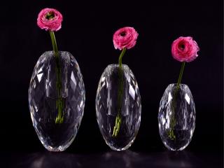 Veritas Glass Diamond Faceted Egg Vases