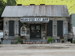 Austin Photo: Places_Drink_Mean Eyed Cat_Exterior