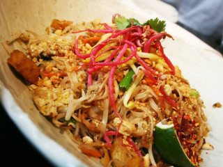 Malai Kitchen Pad thai