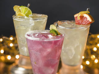 Cantino Laredo restaurant drinks Mexi-Mules 2015