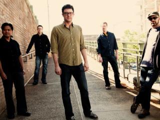 Jon Londbum & Big Five Chord