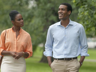 Tika Sumpter and Parker Sawyers in Southside with You