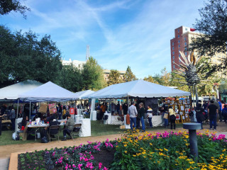 Downtown District Houston presents Designcraft Holiday Market