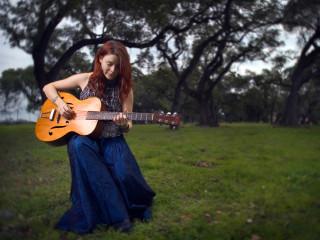 News_Summer concert series_Carolyn Wonderland_musician