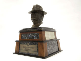 "The American Heart Association presents Paul ""Bear"" Bryant Awards"