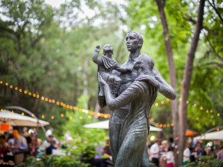 Umlauf Sculpture Garden and Museum