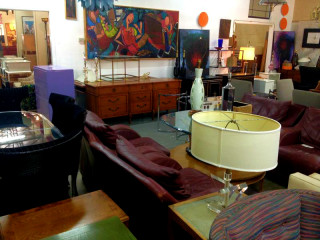 Antiques Moderne, Furniture, Store