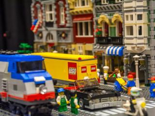 BrickUniverse LEGO Fan Expo