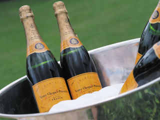 TRIO at the Four Seasons Hotel Austin presents Veuve Clicquot Happy Hour