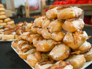 Hypnotic Donuts at Meat Fight 2015