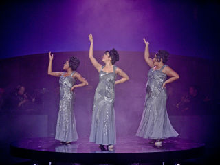 Dallas Theater Center presents Dreamgirls
