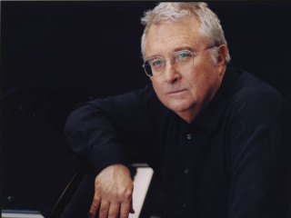 Randy Newman with piano