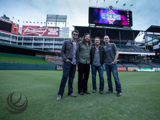 Eli Young Band's House Party