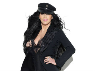 music pop diva singer Cher for Dressed to Kill tour