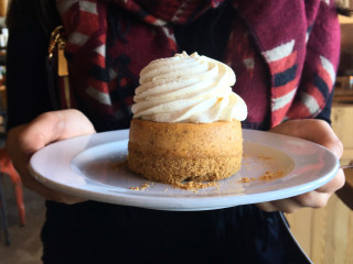 Cuppencake San Antonio restaurant mini cheesecake
