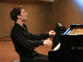 Alexandre Moutouzkine from Richardson Symphony Orchestra