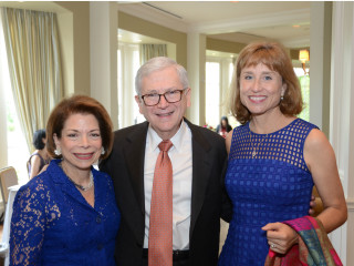 Joyce Haufrect, Dr. Eric Haufrect, and Dr. Julie Boom