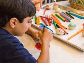 Complimentary Easter Egg Decorating Competition