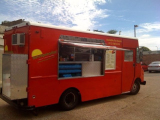 Austin Photo: Places_Food_Mmmpanadas_exterior