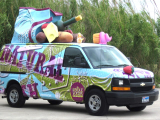 News_Whole Foods_art car