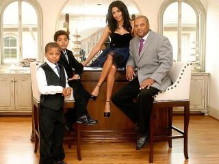 News_Shelby_Romance_Ursaline Hamilton_Darryl Hamilton_family